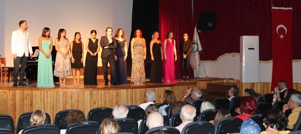 Foça'da Opera Akşamı