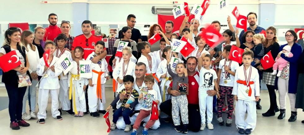 Foçalı Karatecilerden Yaza Merhaba