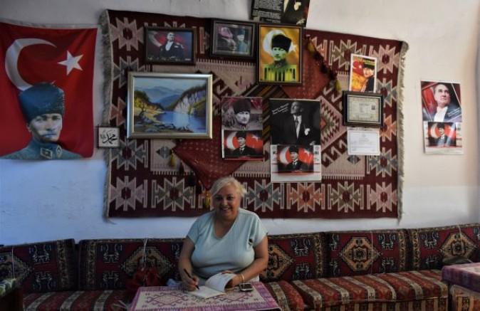 Hamiye Dimoğlu Çınar ile şiir tadında sohbet
