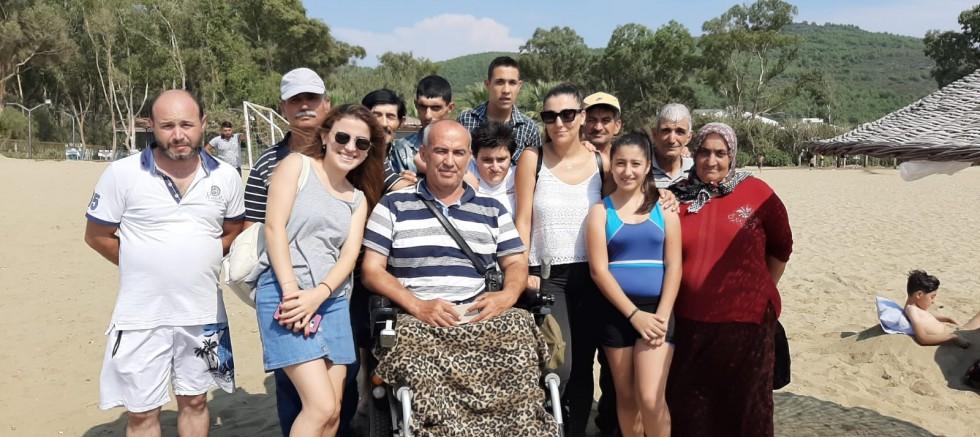 Kemalpaşa Belediyesi Engelli Yaşam Merkezi Engellilere Yönelik İlk Etkinliğini Pamucakta Gerçekleştirdi.