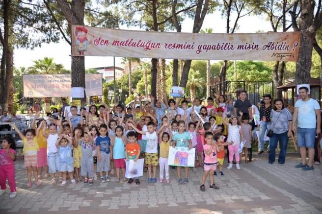 """""""Nazım Hikmet Türkiye'nin Değeridir"""""""