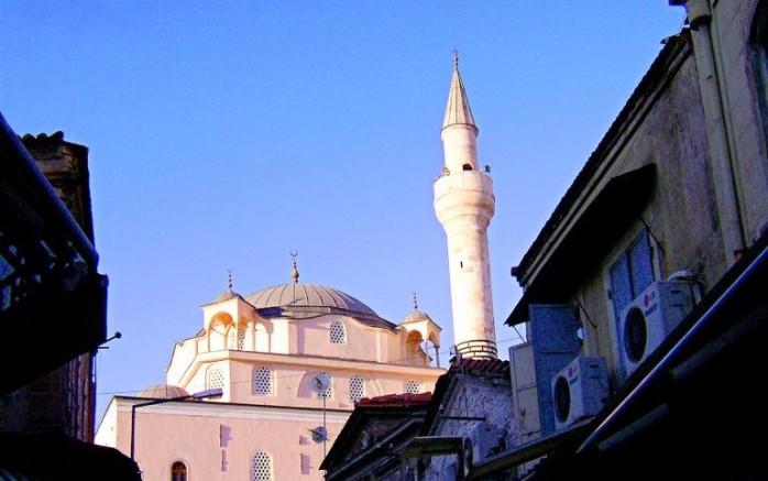 Şadırvan Camii